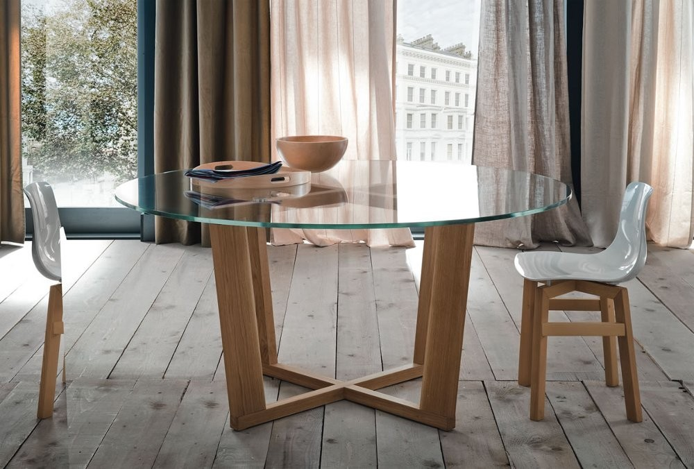 Tavolo quadrato e rotondo mobili toson arredamenti su for Tavoli in legno e cristallo