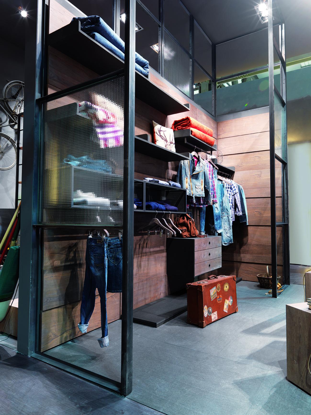 Legno e ferro la cabina armadio mobili toson - Progettazione cabina armadio ...