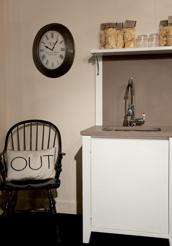 cucina-su-misura-in-legno-laccato-effetto-consumo_mobili-toson6