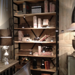 libreria-in-ferro-con-ripiani-in-legno